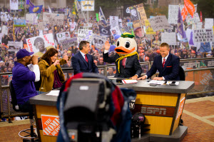 Oregon Football vs Huskies: College Game Day